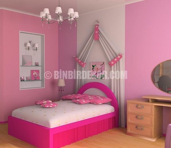 Pembe tonlarında yatak odaları