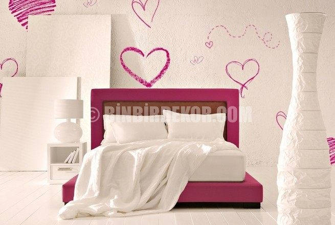 Yatak odası duvar dekorasyonu örnekleri