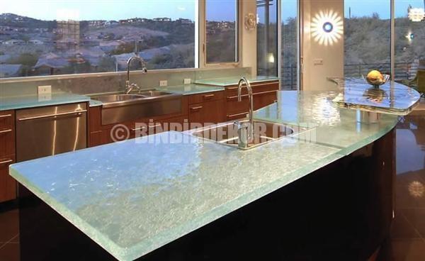 Cam mutfak tezgahları ile farklı mutfaklar