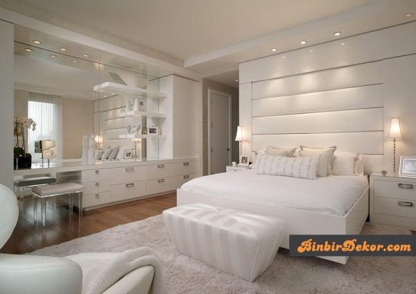beyaz yatak odası dekorasyonları
