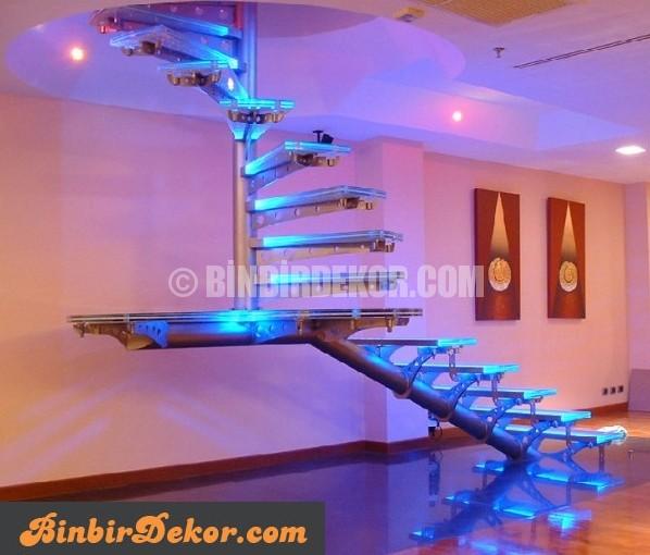 Işıklı cam merdiven modelleri