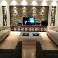 Tv arkası için hoş tasarım taş duvar kaplama örnekleri ...