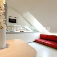 ... için farklı çözümler: Çatı katı stüdyo daire dekorasyonu