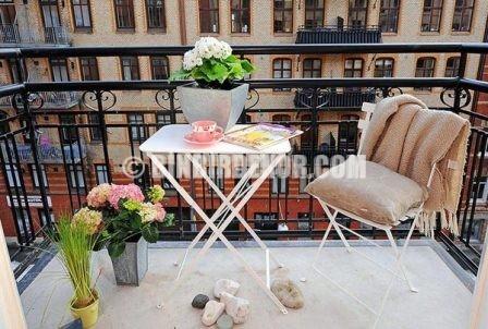 Çarpıcı balkon dekorasyonları görselleri