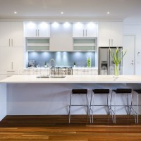 Modern White Kitchen – Balwyn