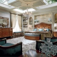 luxury bedroom Why Italian Style Home Decor Is So Popular