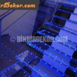 Merdivenlerde cam zerafeti