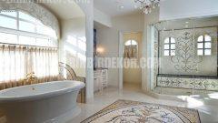 Göz alıcı İtalyan banyoları