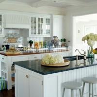 white kitchen White Kitchens