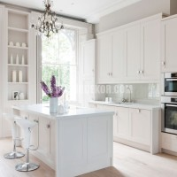 Classic white painted kitchen   White kitchens   PHOTO GALLERY ...