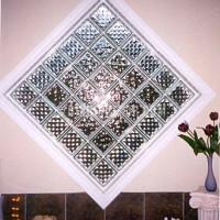 ... duvarlarında desen olarak da cam tuğla modeli tercih edebilirsiniz