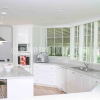 23 Stylish And Modern White Kitchen Design Ideas For 2013 Pictures